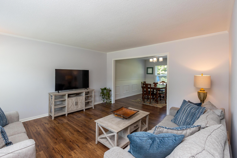 4194 Indian Glen Dr - Living Room - 20