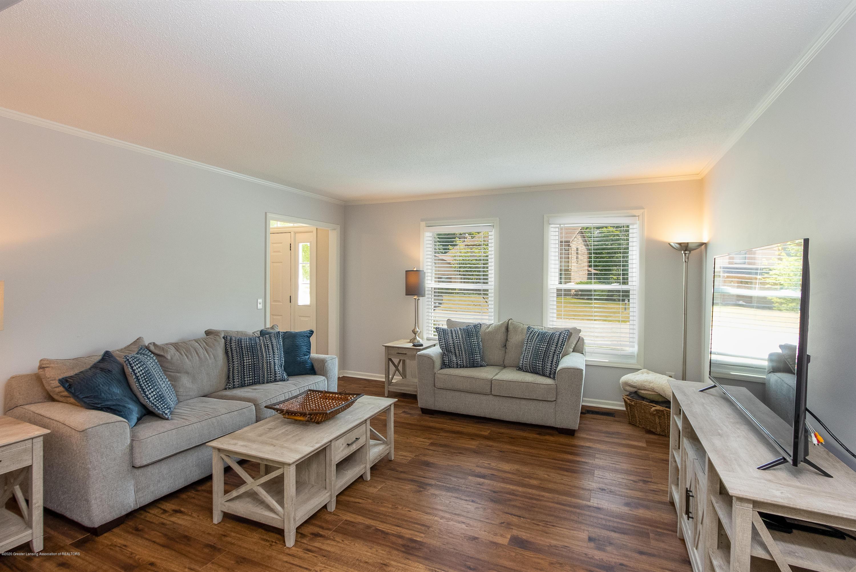 4194 Indian Glen Dr - Living Room - 21