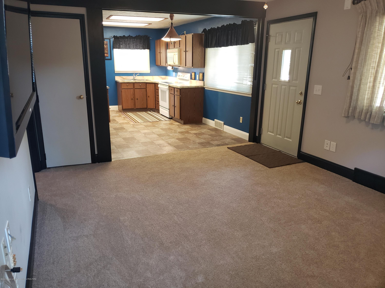 313 E Shepherd St - Living Room into Kitchen - 18