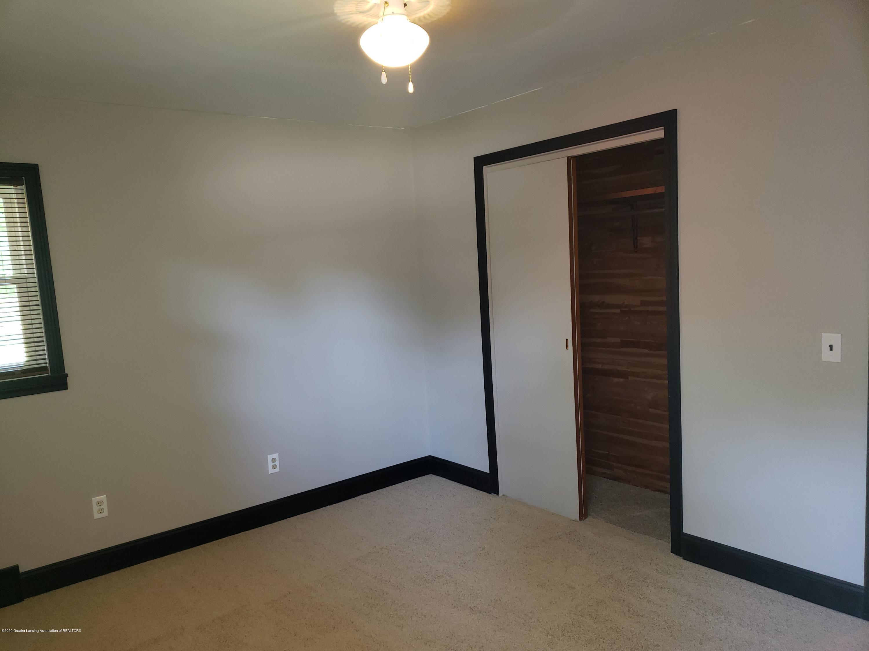313 E Shepherd St - Bedroom #1 Cedar Closets - 22