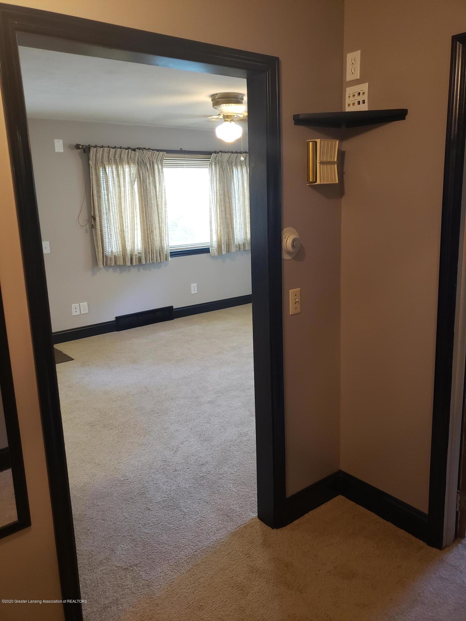 313 E Shepherd St - Bedroom #1 - 21