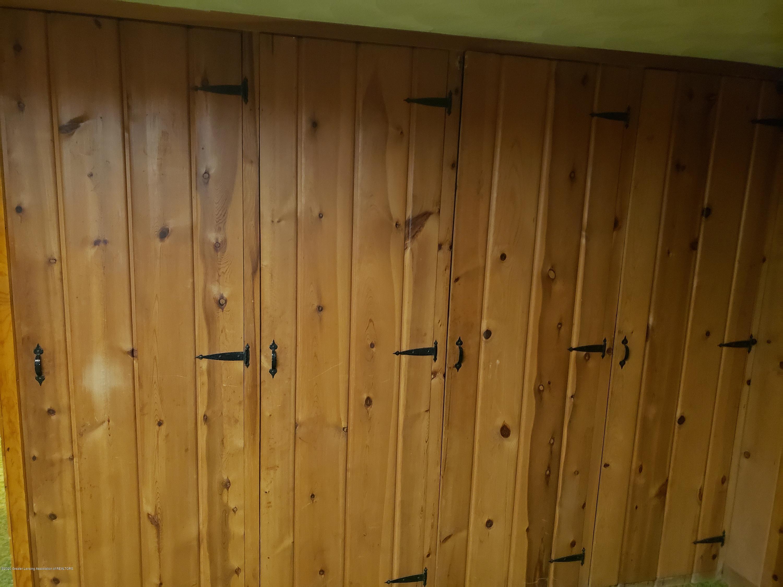 313 E Shepherd St - Bonus Room, Wall of Cedar lined storage - 43
