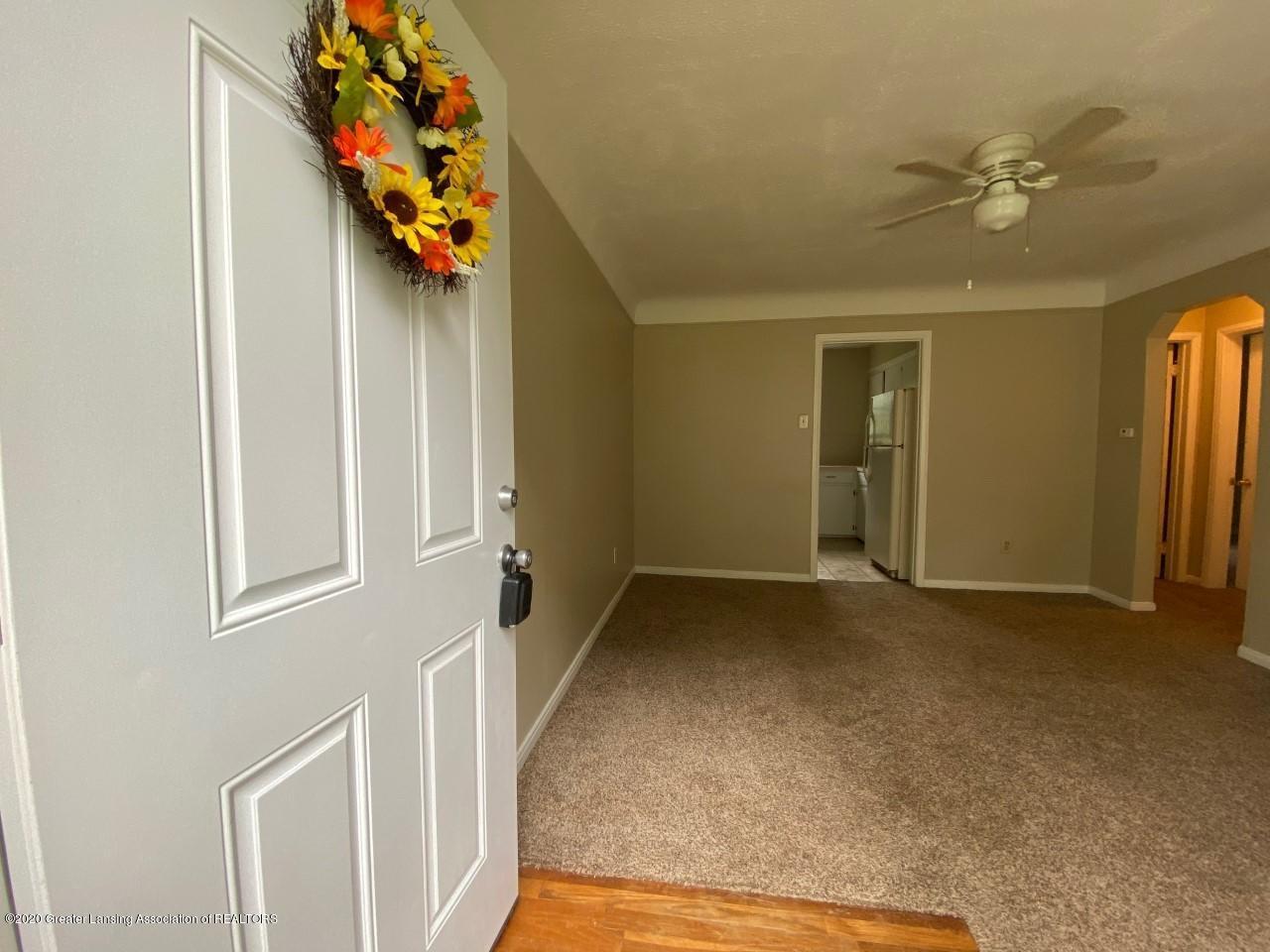 2847 Gramer Rd - Living Room - 6