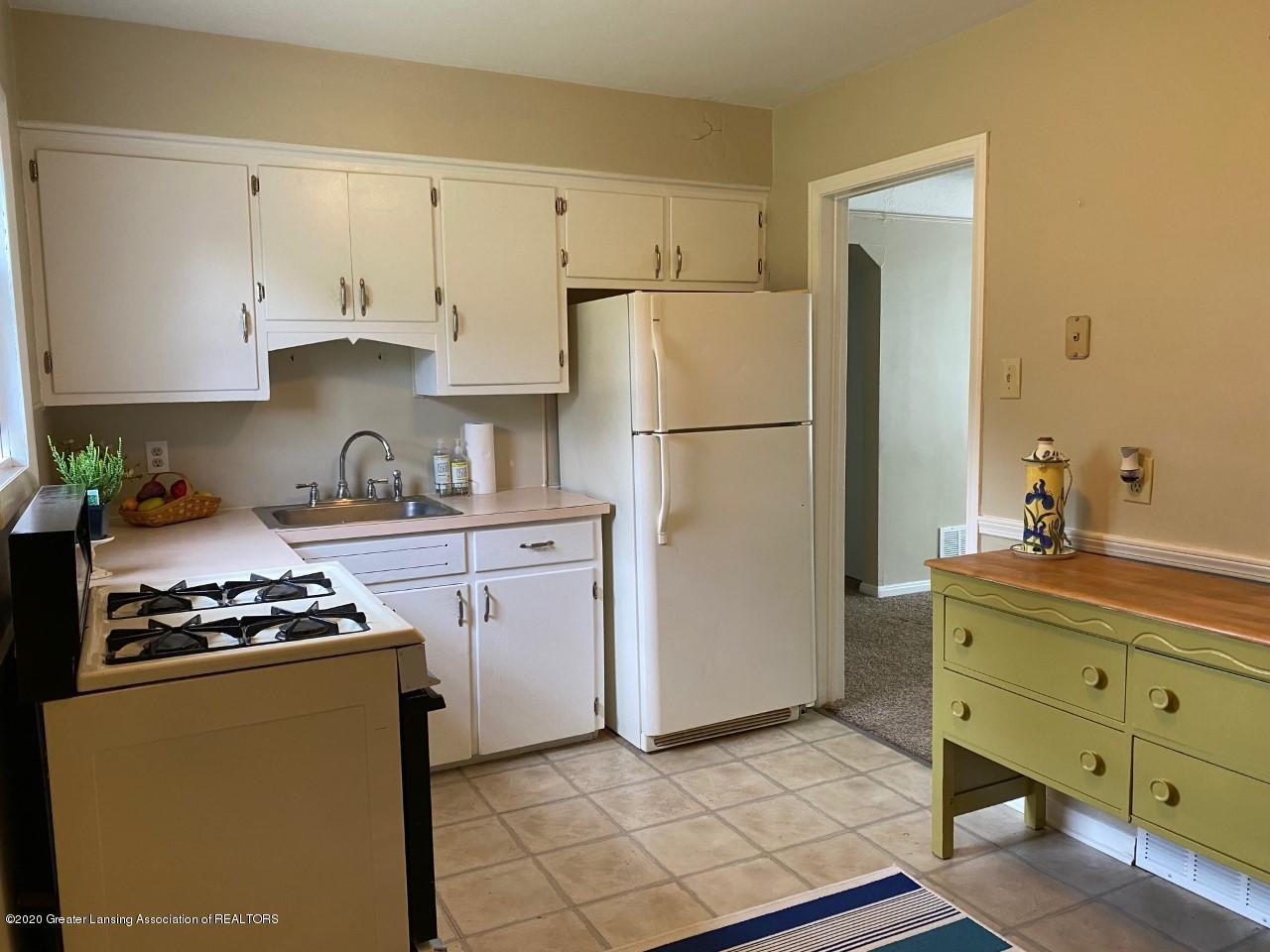2847 Gramer Rd - Kitchen - 11