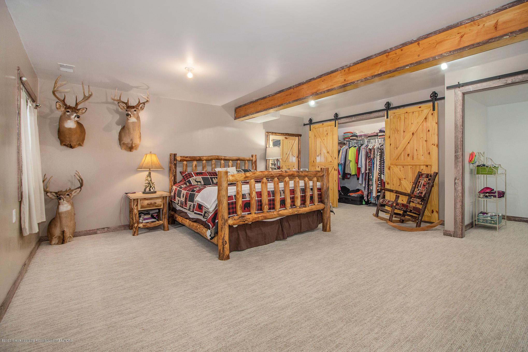 2055 Tuttle Rd - Basement Bedroom 3 - 15