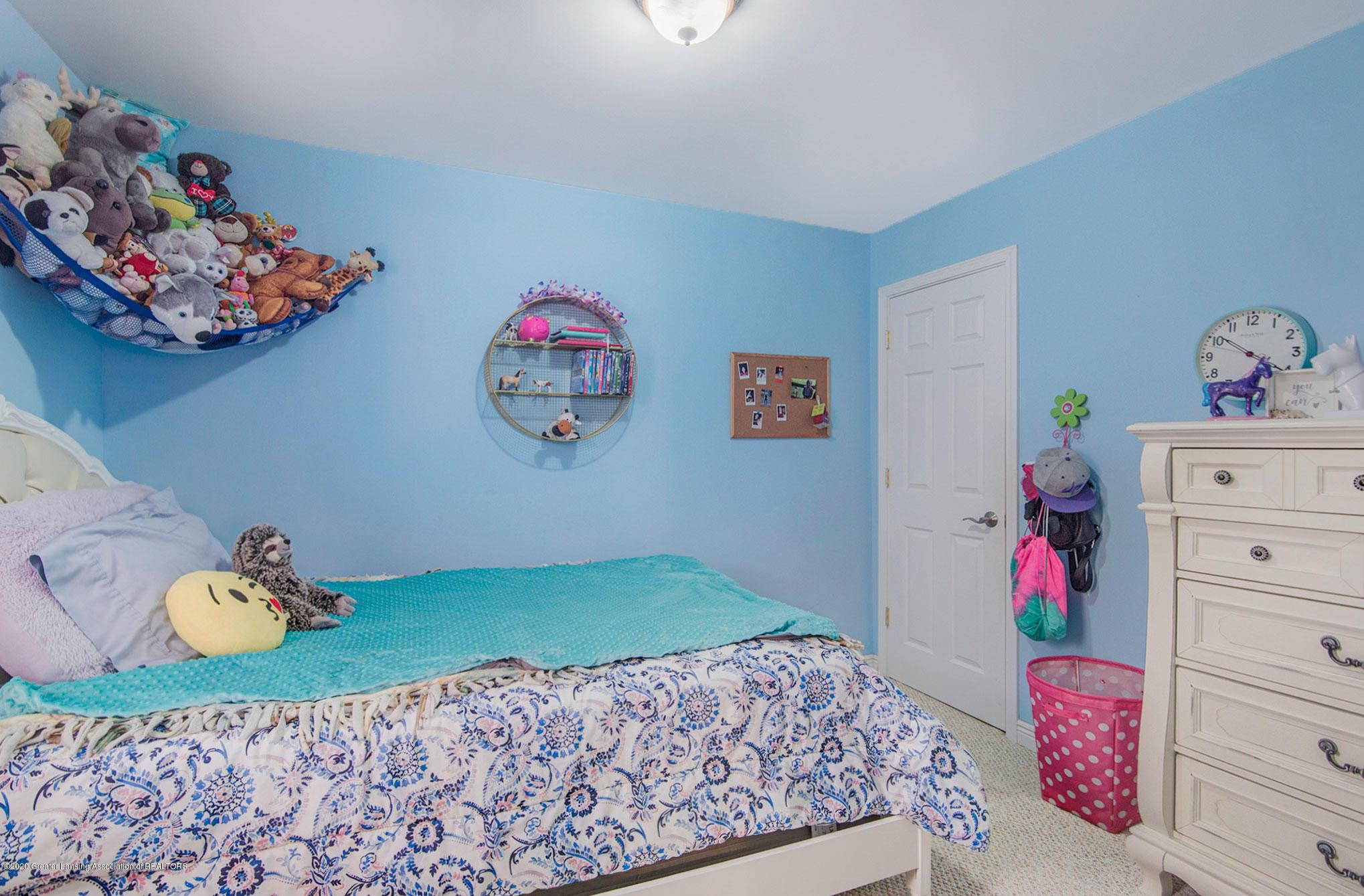 2055 Tuttle Rd - Bedroom 3 - 19