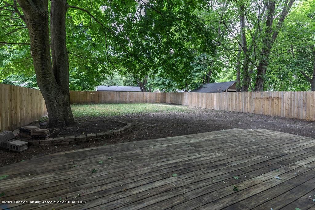 1725 Robertson Ave - Back Yard - 3