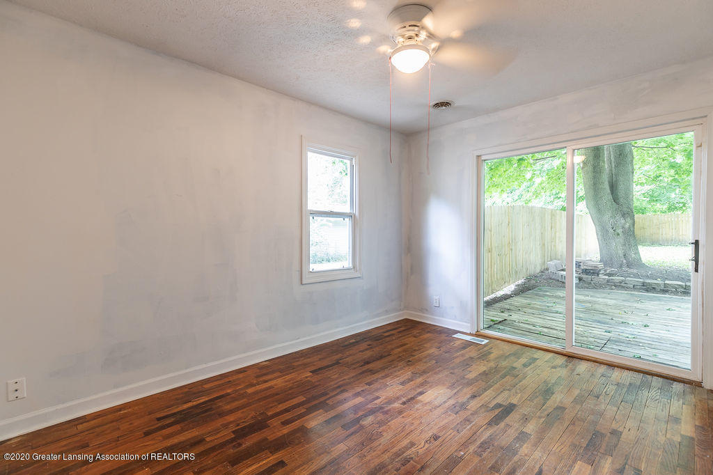 1725 Robertson Ave - Bed1 - 13