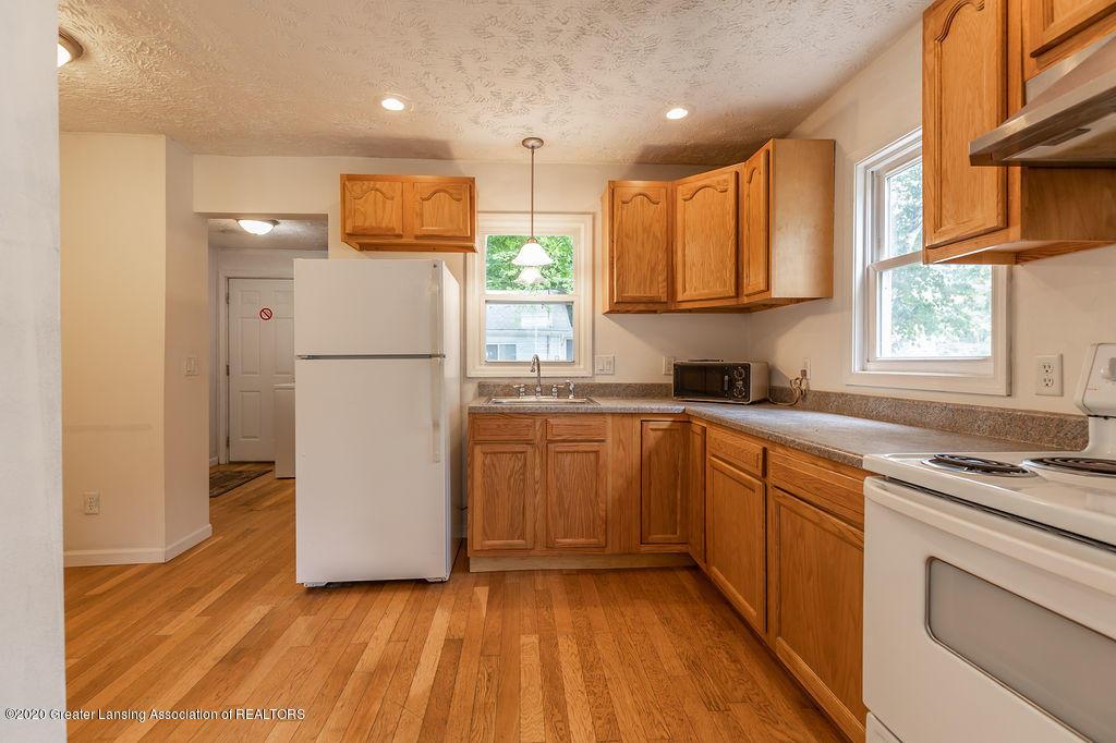 1725 Robertson Ave - Kitchen - 7