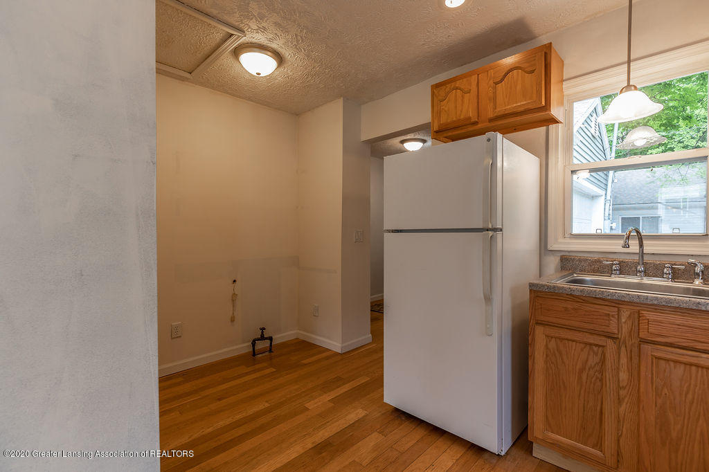 1725 Robertson Ave - Kitchen/dining - 10