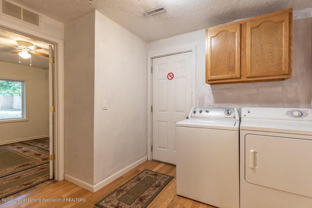 1725 Robertson Ave - Laundry - 18