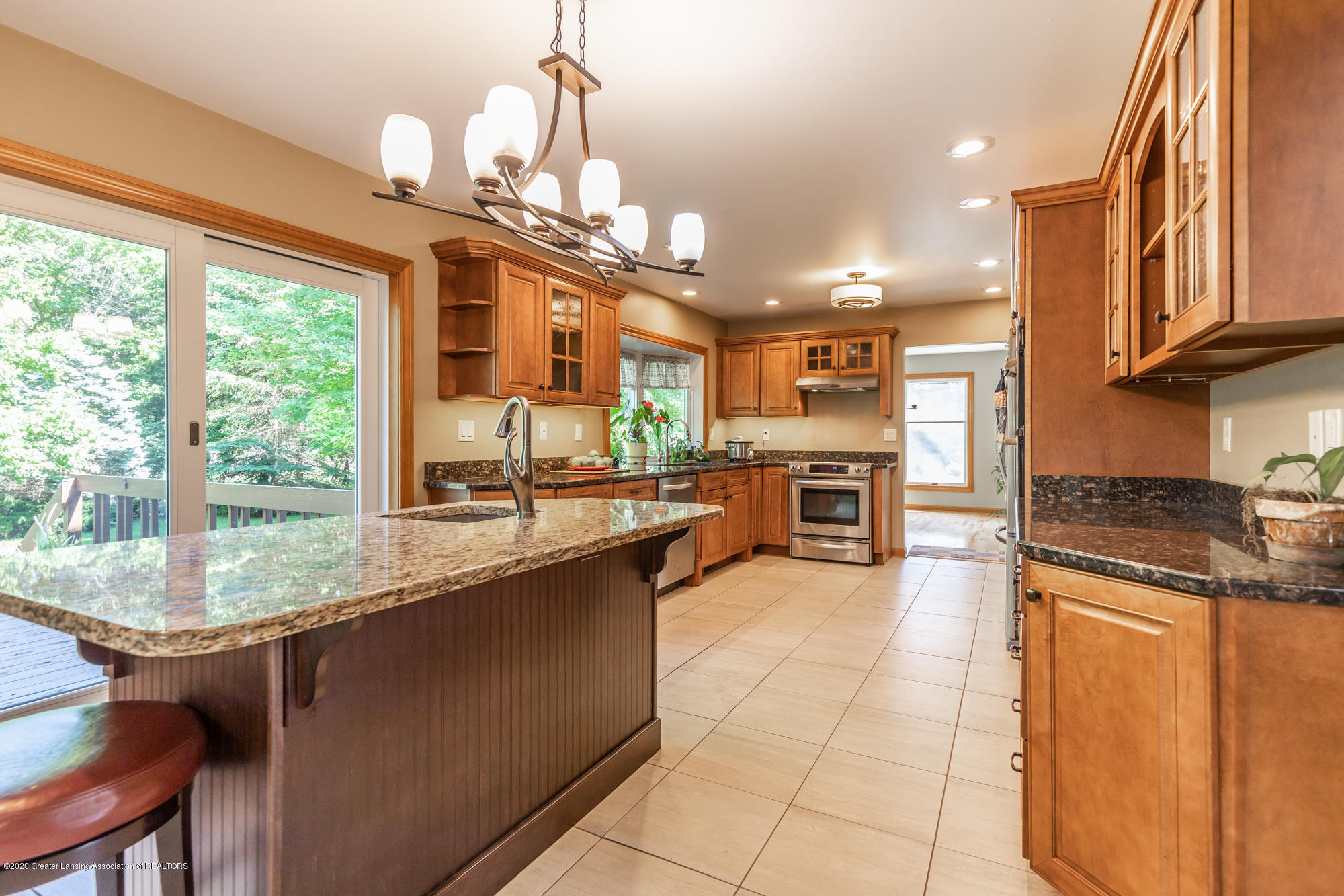 7129 Foxmoore Courts - Kitchen - 4