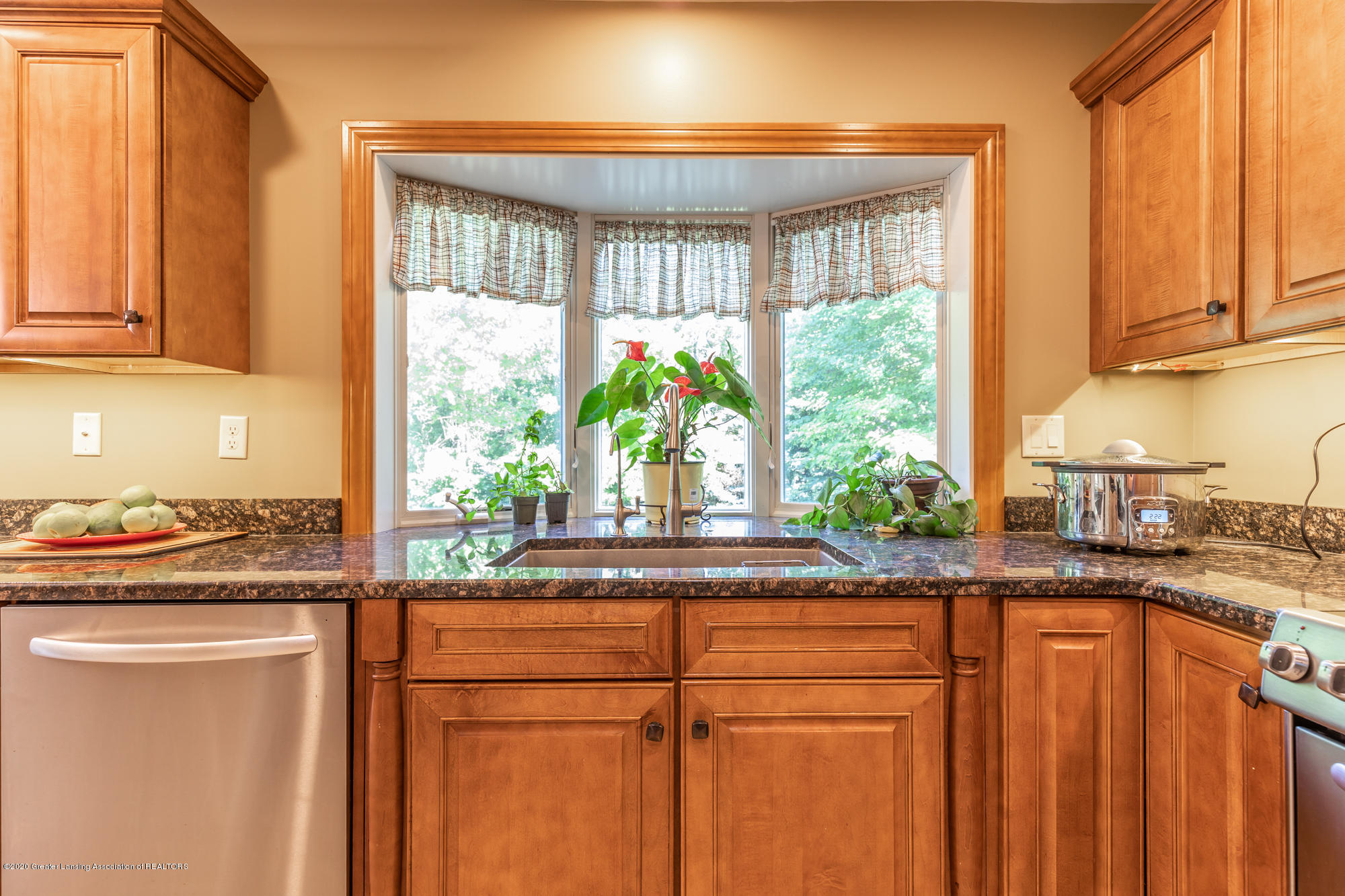 7129 Foxmoore Courts - Kitchen - 6
