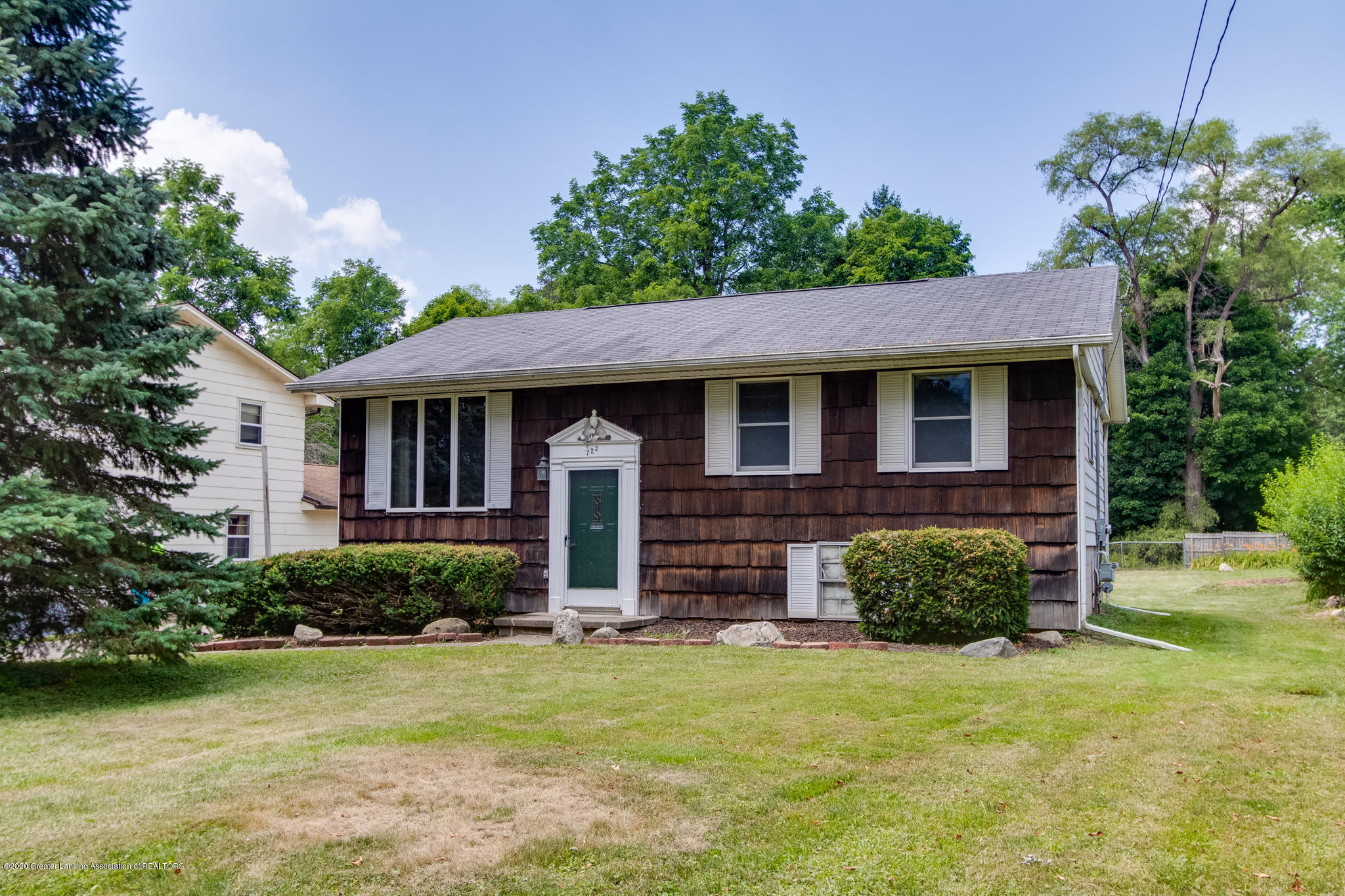 723 Robins Rd - Front - 1