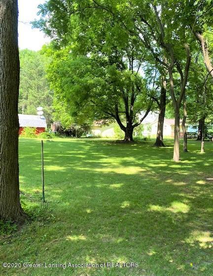 627 N Sheldon St - Backyard - 17