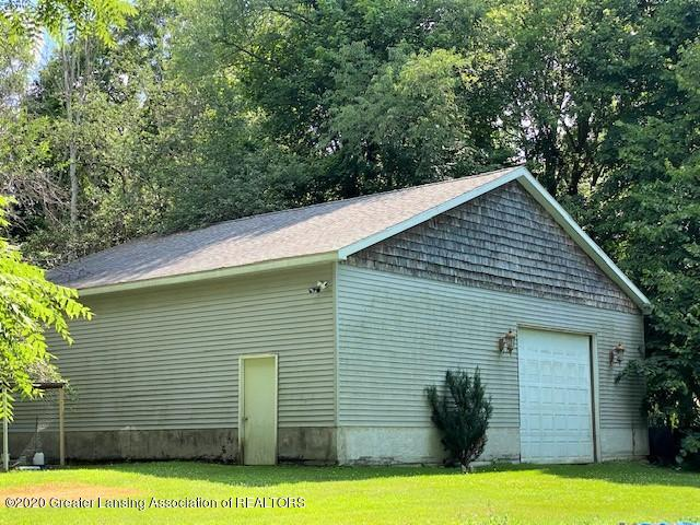 627 N Sheldon St - Pole Barn - 19
