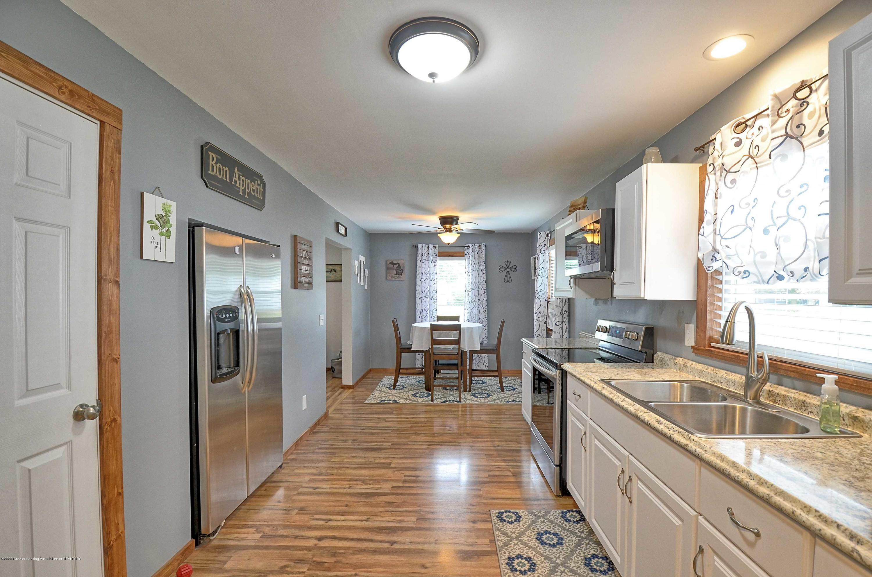 4606 Grove Ave - Kitchen Dining - 11