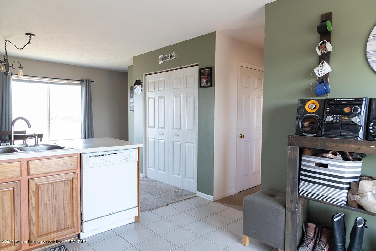 8063 Idared Rd - kitchen2 - 9