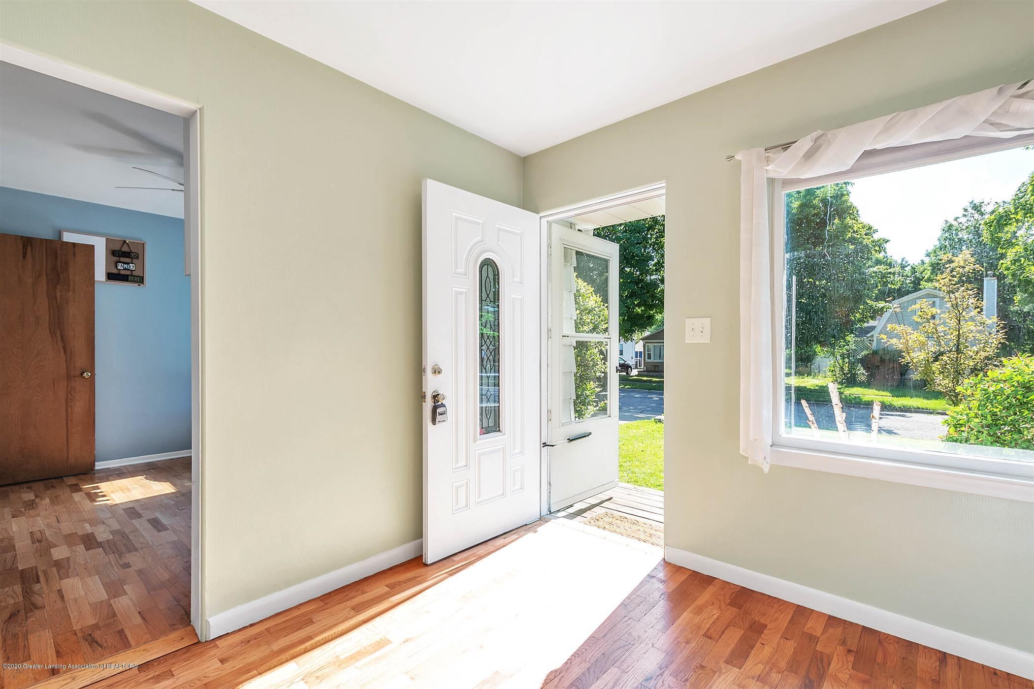 580 Lexington Ave - 06-580 Lexington Ave-WindowStill-Re - 5