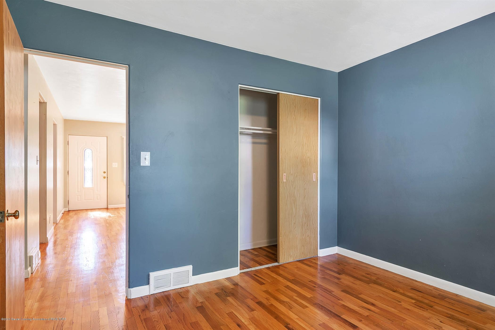 580 Lexington Ave - 15-580 Lexington Ave-WindowStill-Re - 14