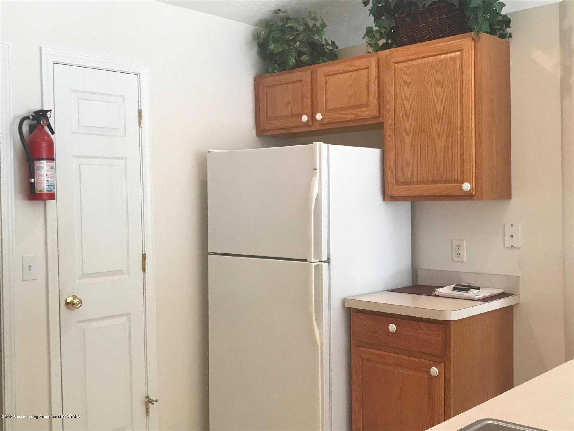 851 Chads Way 18 - Kitchen 3 - 6
