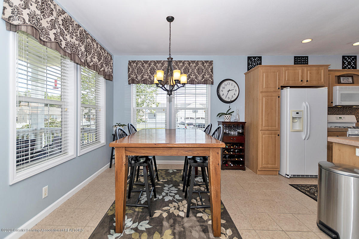 49 Lilac Ln - Dining Area - 15