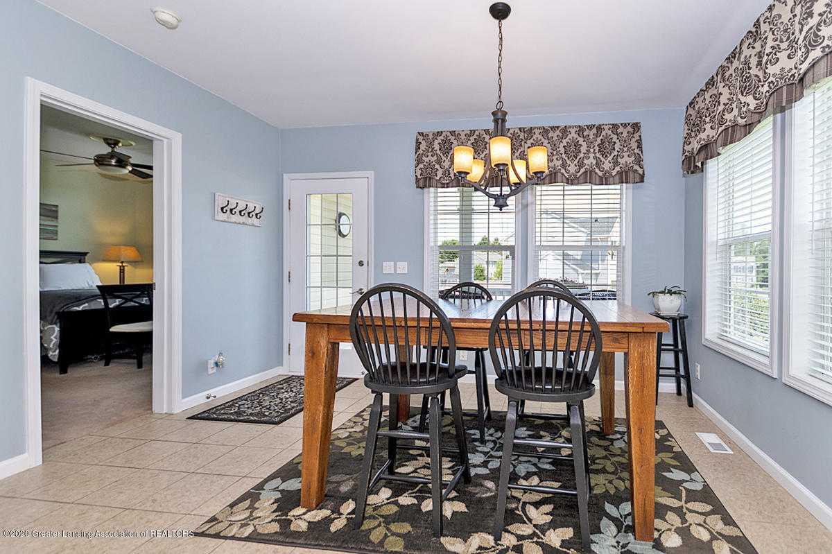49 Lilac Ln - Dining Area - 16