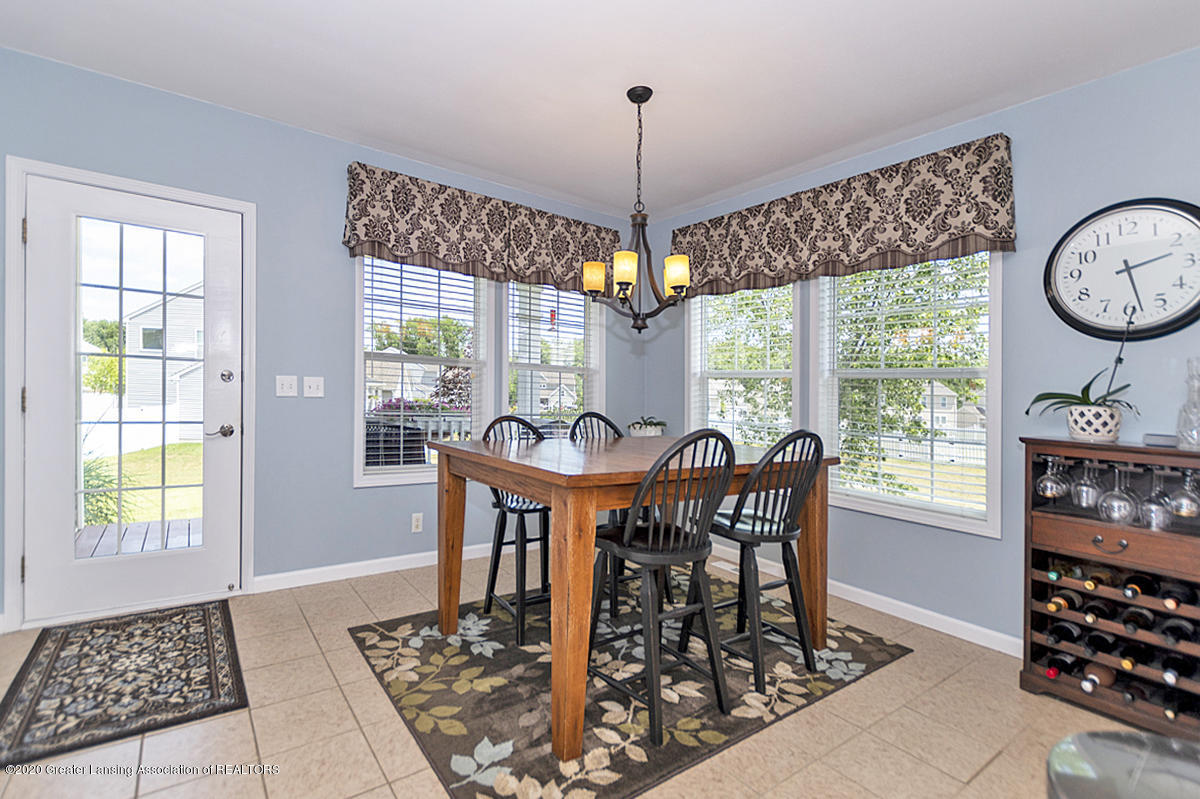 49 Lilac Ln - Dining Area - 17