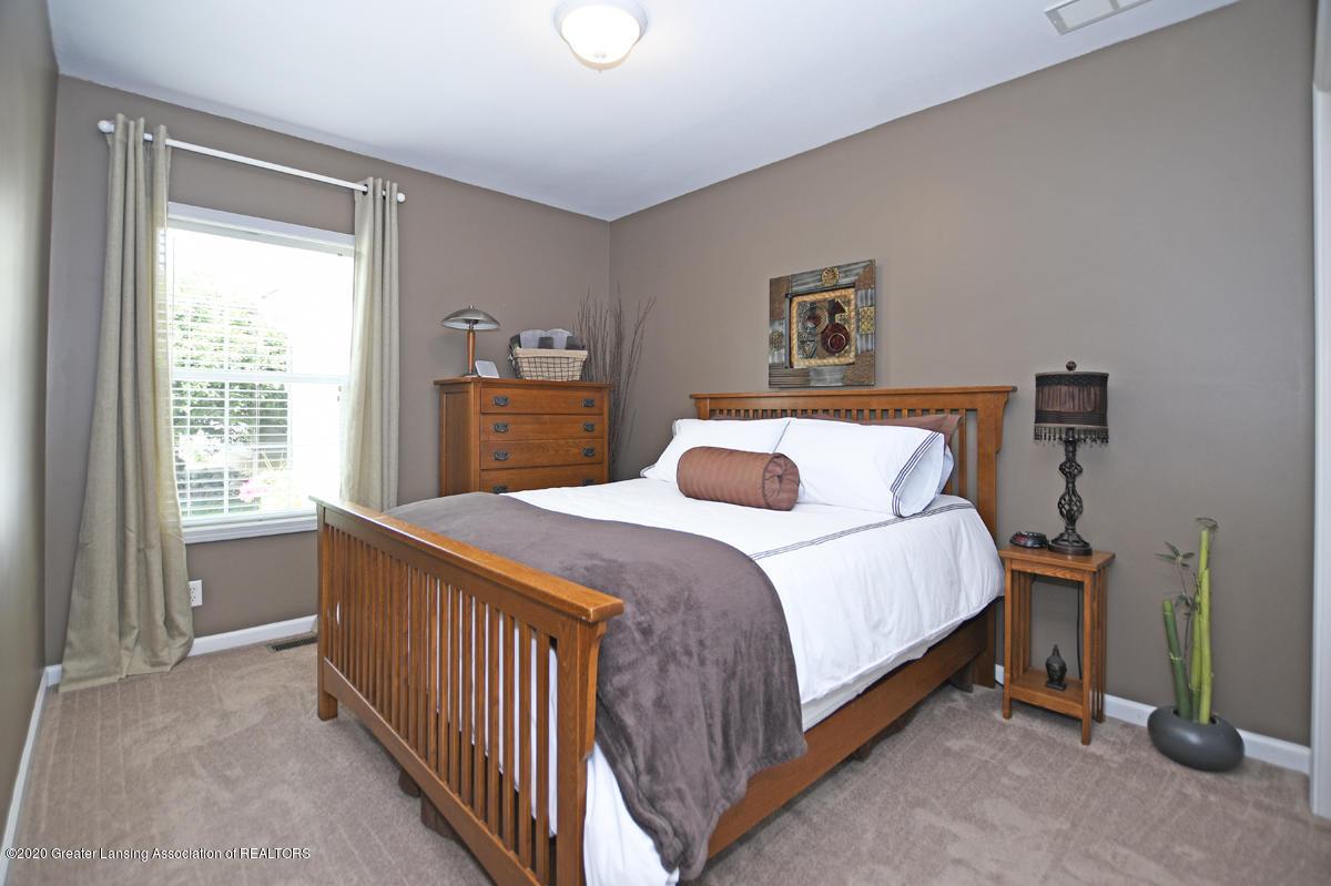 49 Lilac Ln - Bedroom 2 - 22