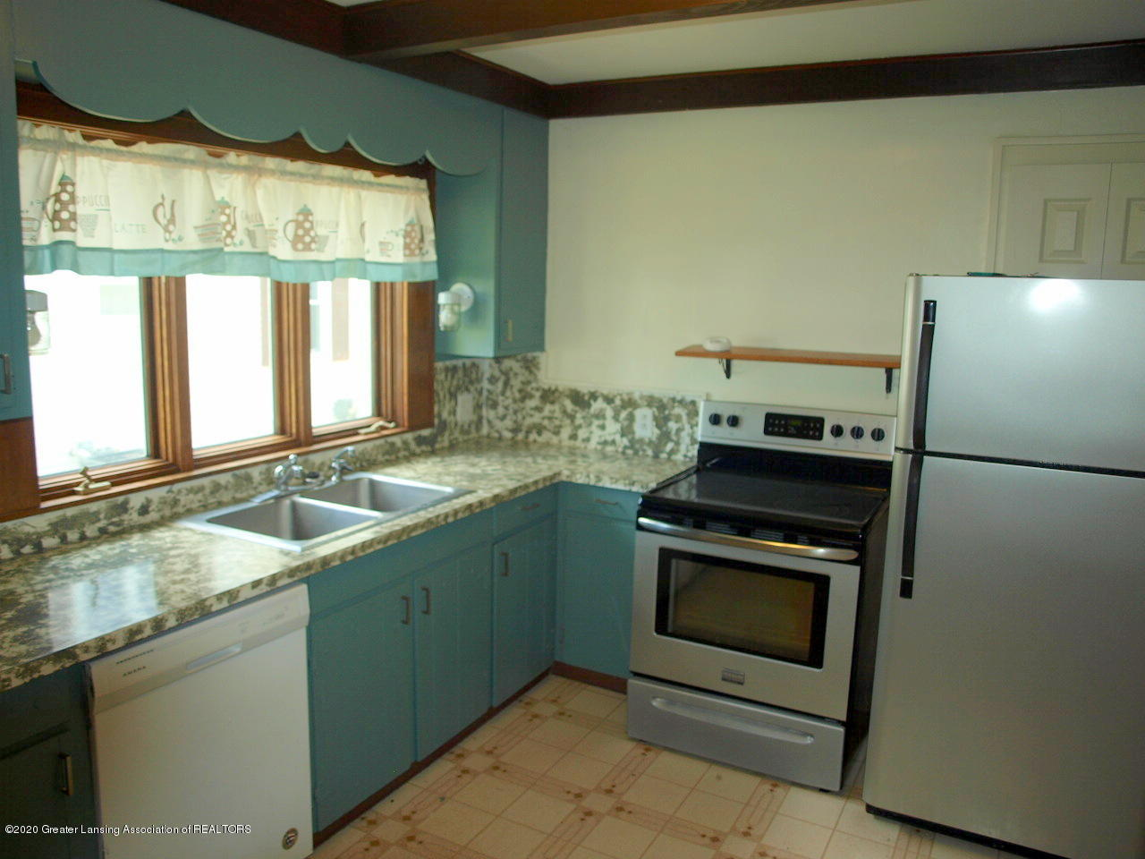 601 S Oakland St - kitchen - 13