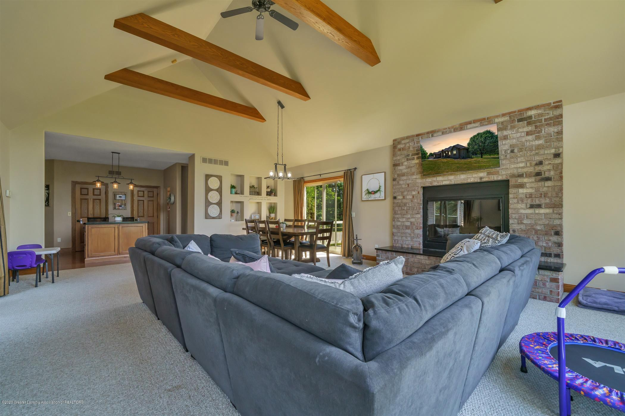 6255 Tyrrell Rd - Great Room - 26