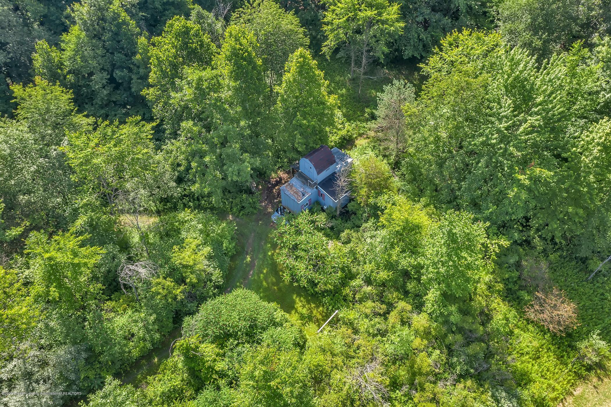 6255 Tyrrell Rd - Hunting Cabin - 70