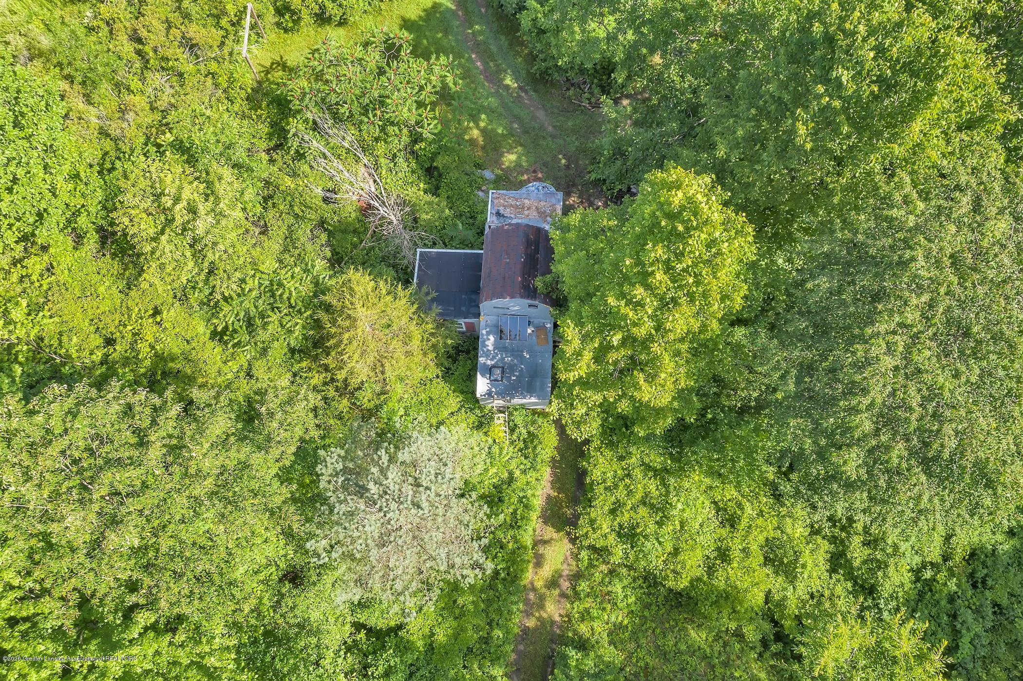6255 Tyrrell Rd - Hunting Cabin - 72
