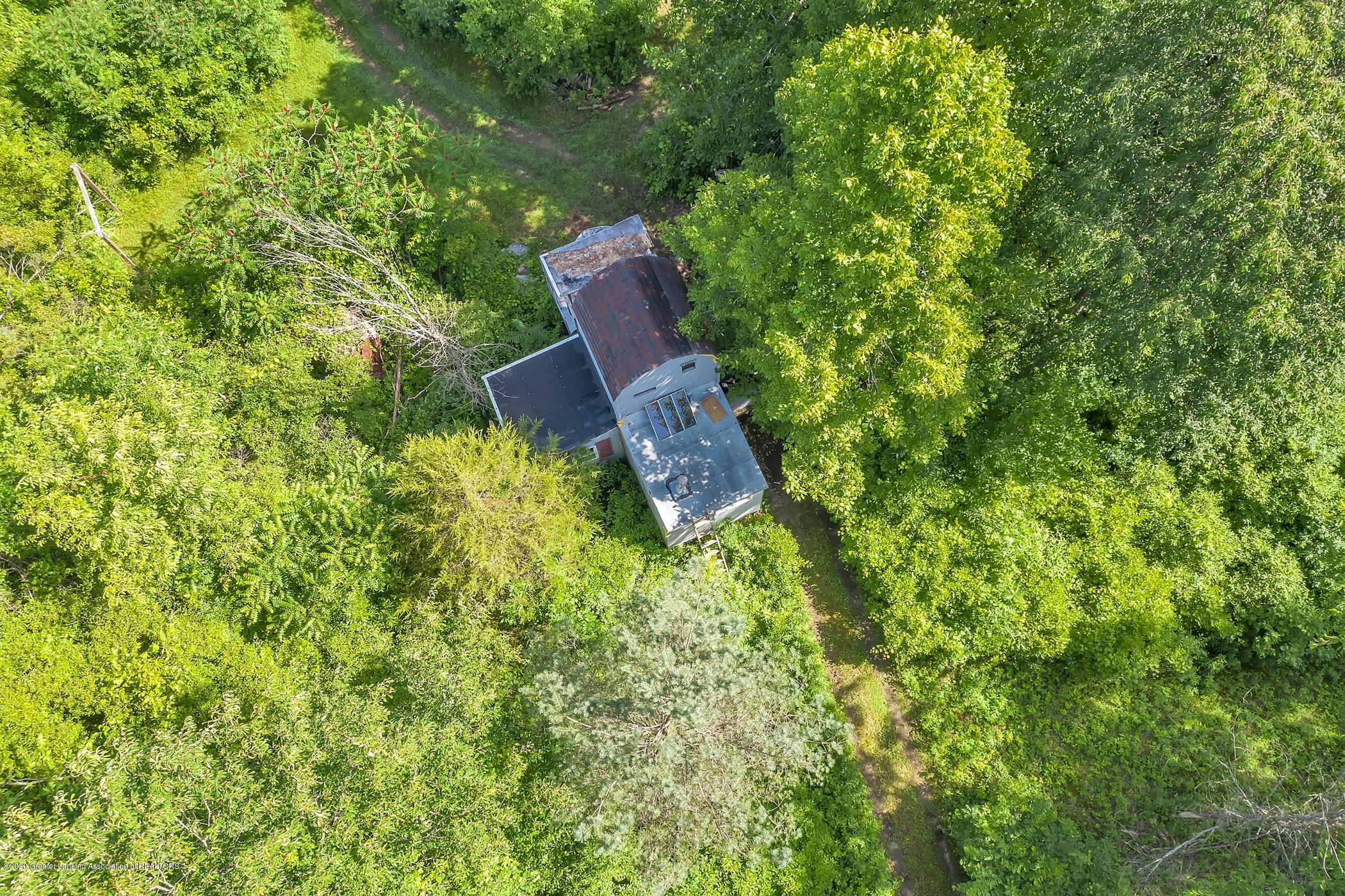 6255 Tyrrell Rd - Hunting Cabin - 73