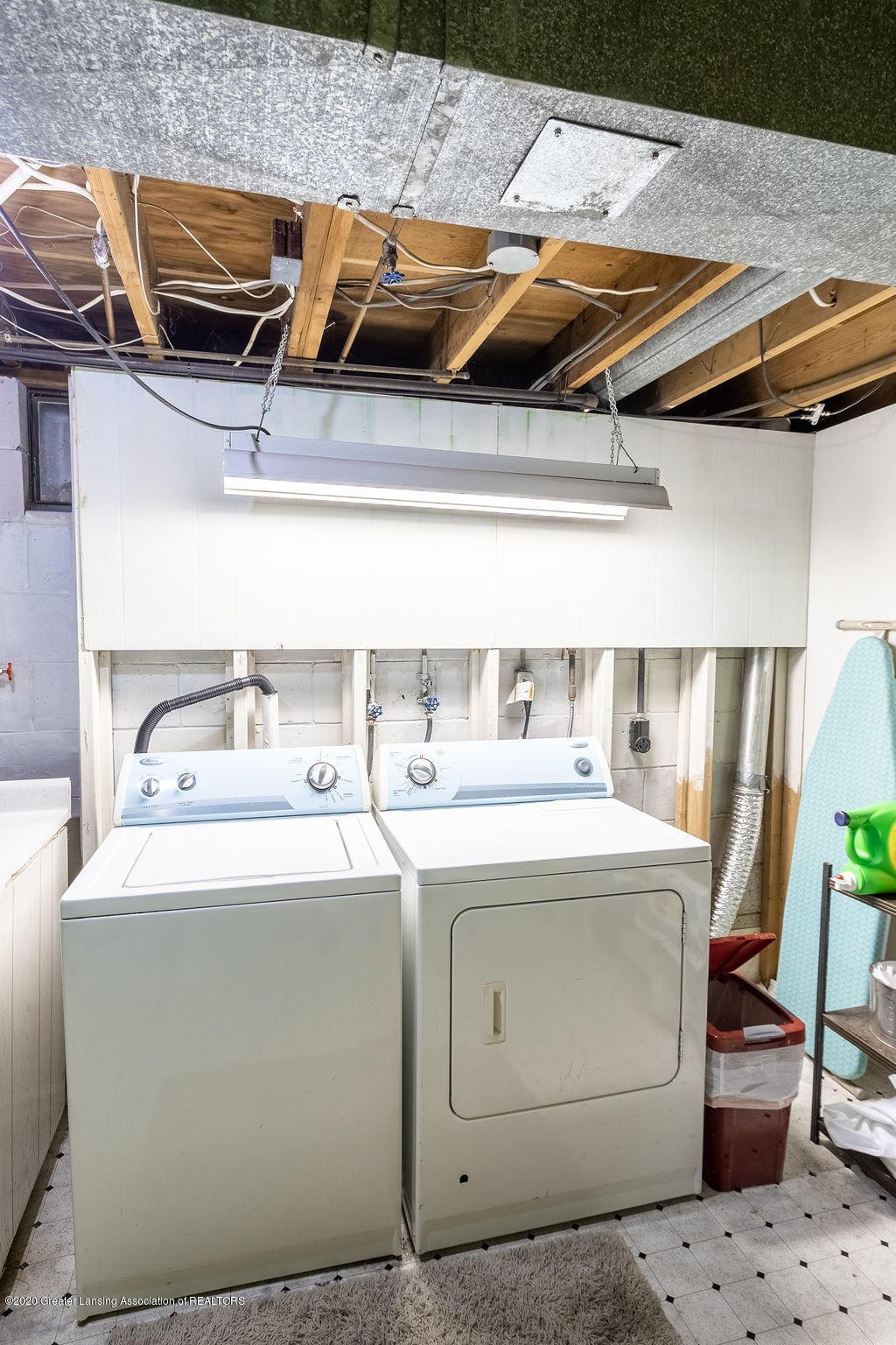 694 John R St - Laundry - 18