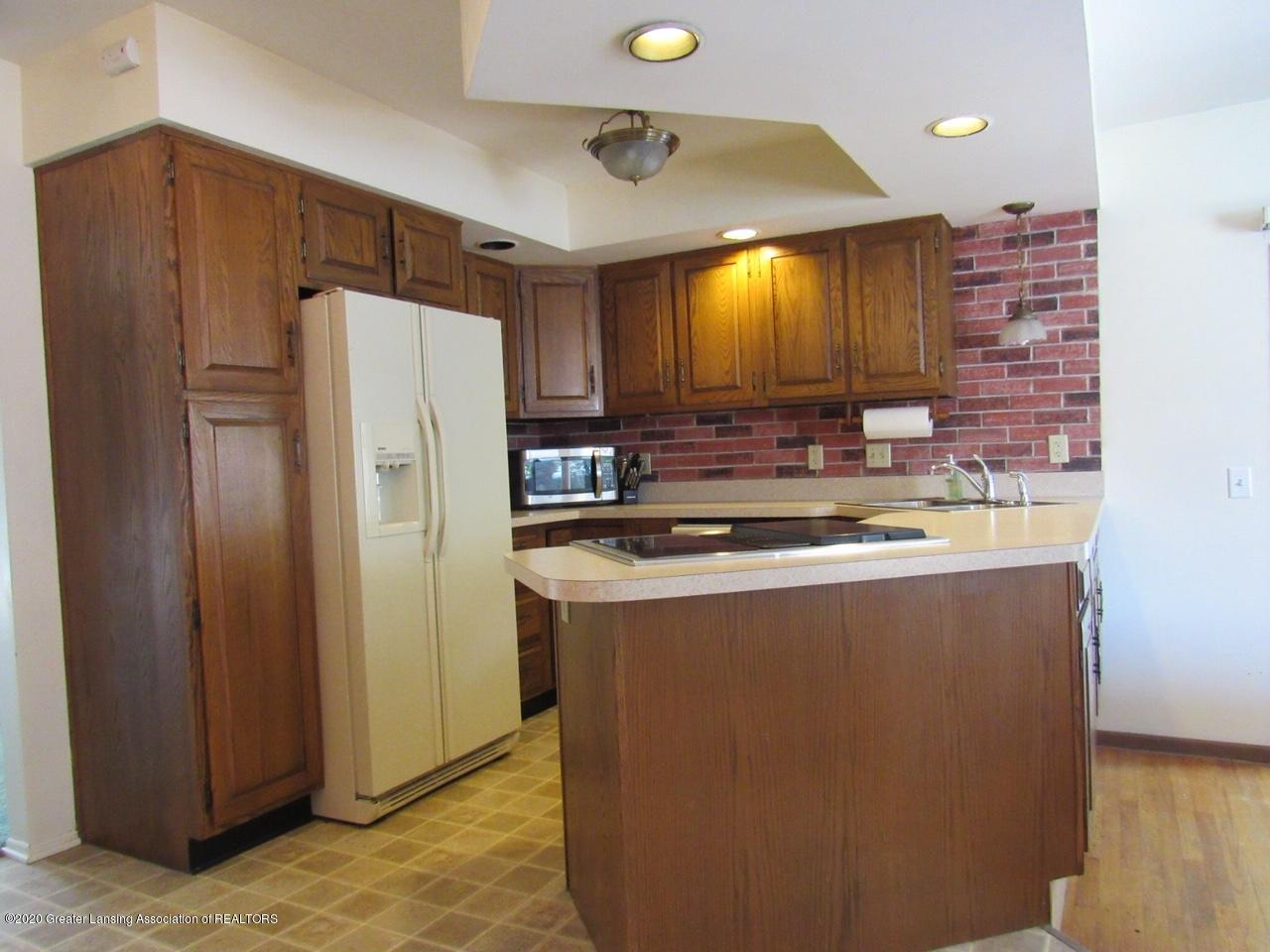 4633 Sycamore St - Kitchen - 10