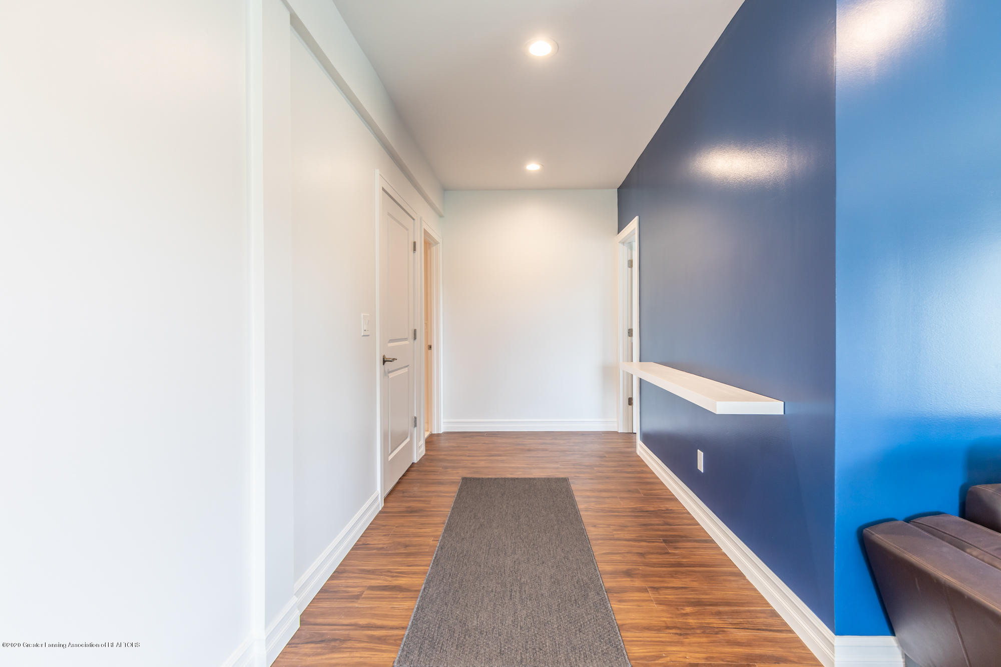 4020 Hagadorn Rd - Basement Hallway - 37