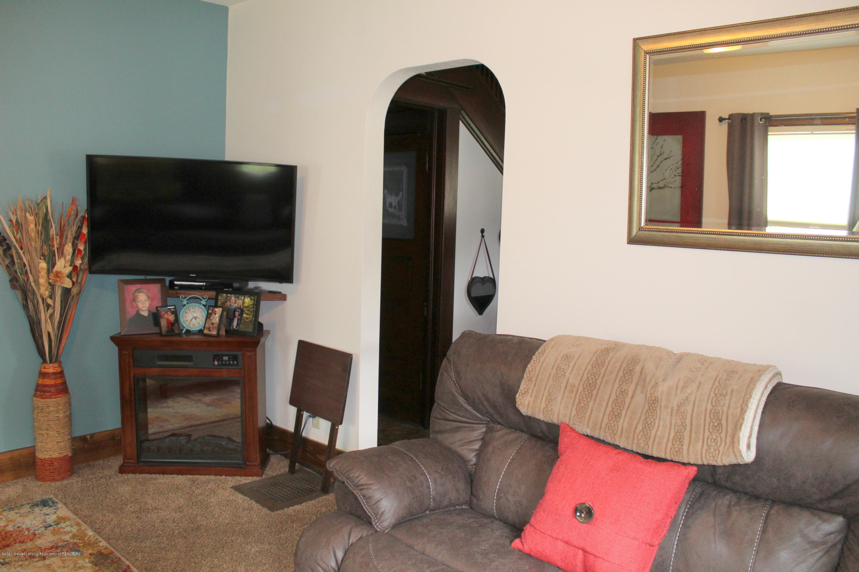 208 W Shaw St - 5 Living Room - 5