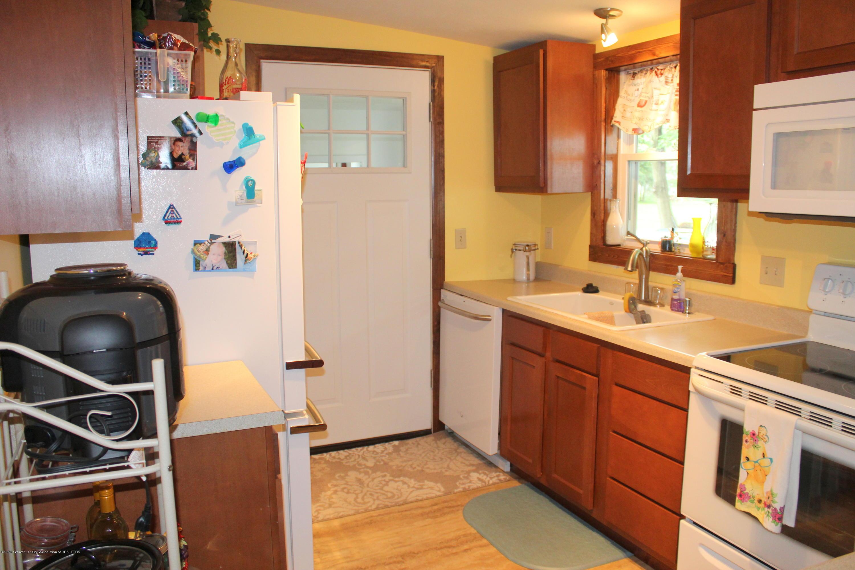 208 W Shaw St - 11 Kitchen - 11