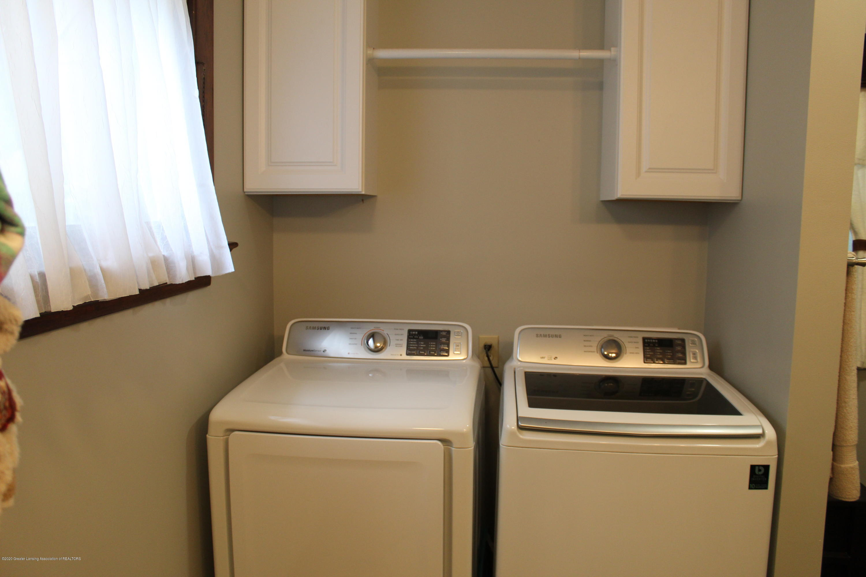 208 W Shaw St - 15 Laundry - 15