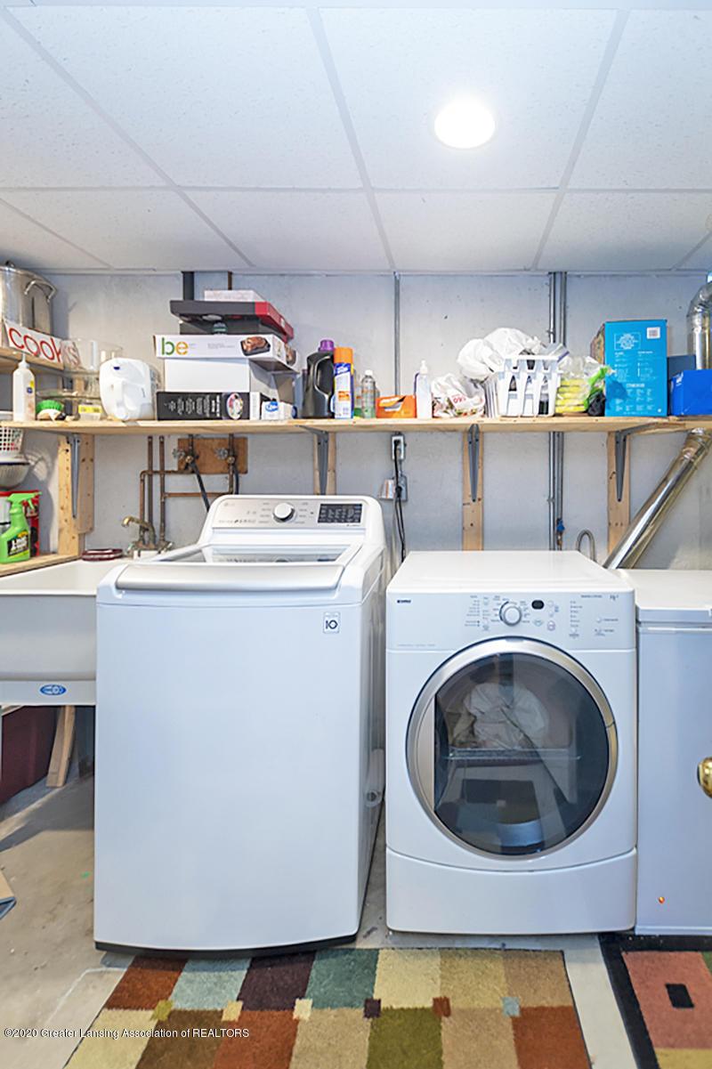3939 Cloverdale Ave - Laundry - 28