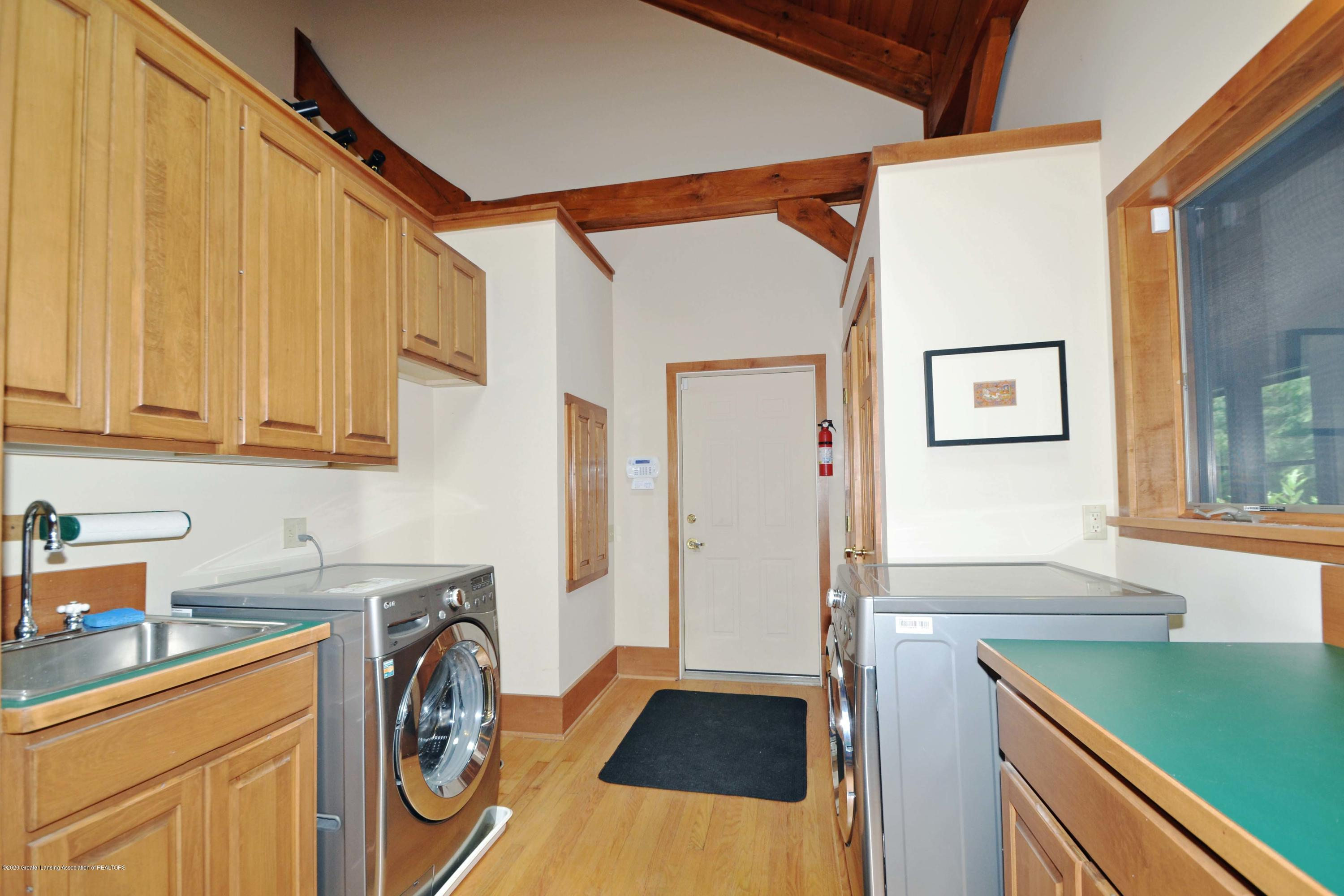 1670 Milton Rd - Laundry and Mud Space - 23
