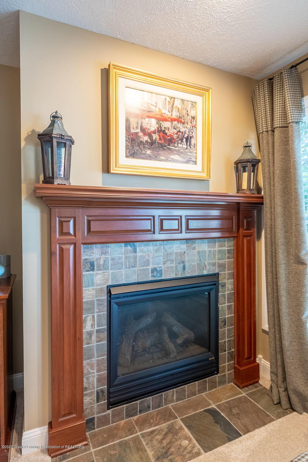 6198 Graebear Trail 56 - Pretty gas fireplace - 39