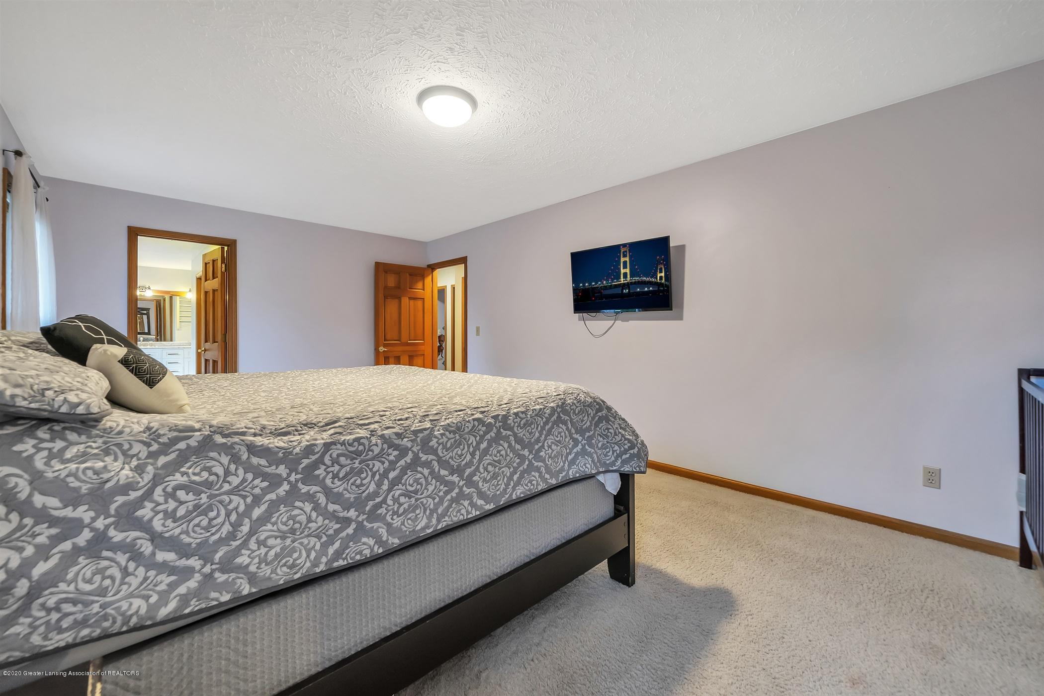 4242 Beeman Rd - SECOND FLOOR Master Bedroom - 18