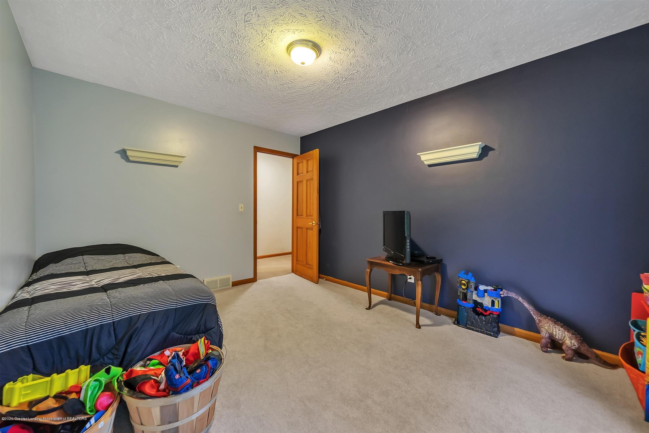 4242 Beeman Rd - SECOND FLOOR Bedroom 3 - 23