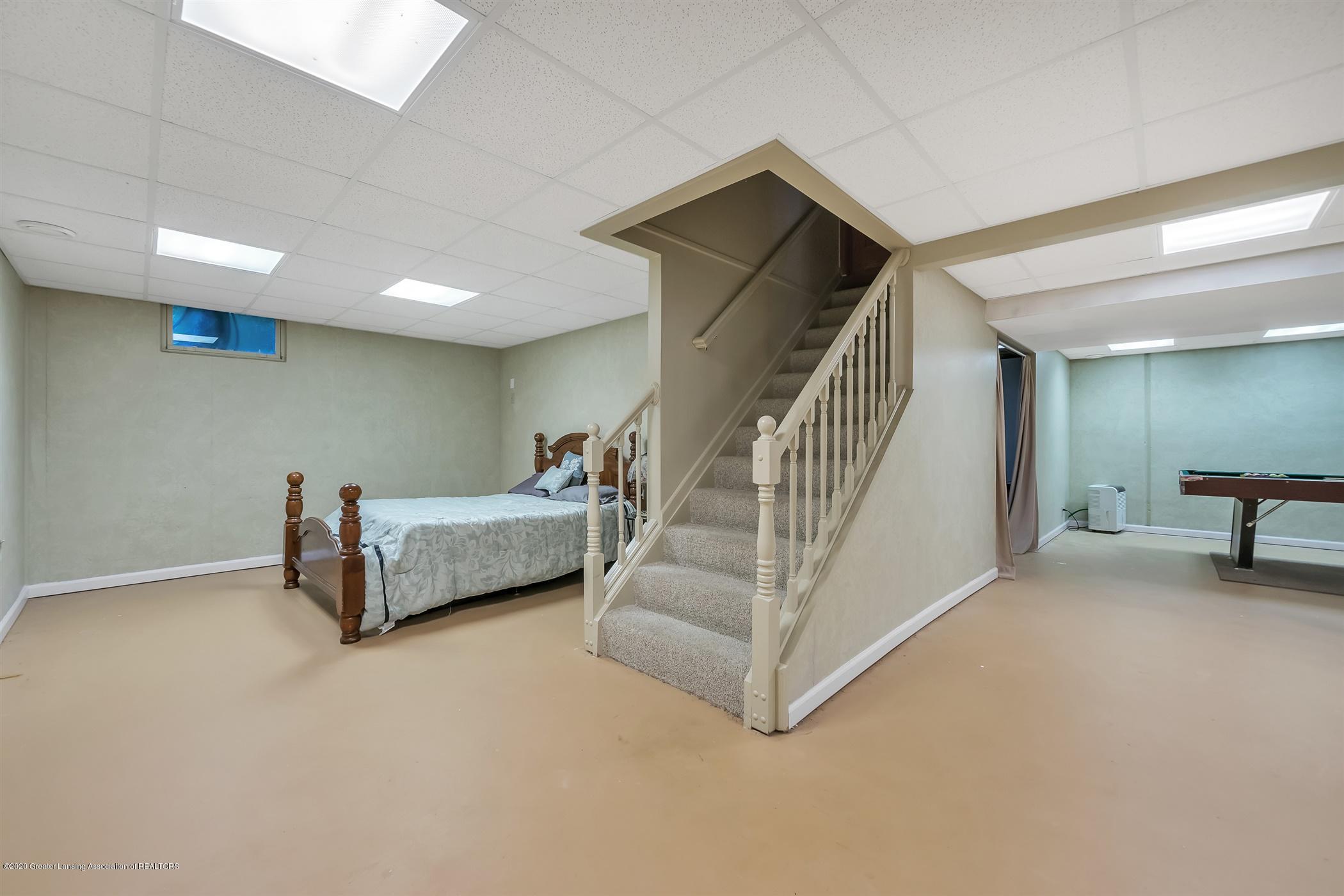 4242 Beeman Rd - LOWER LEVEL Recreation Guest Area - 26