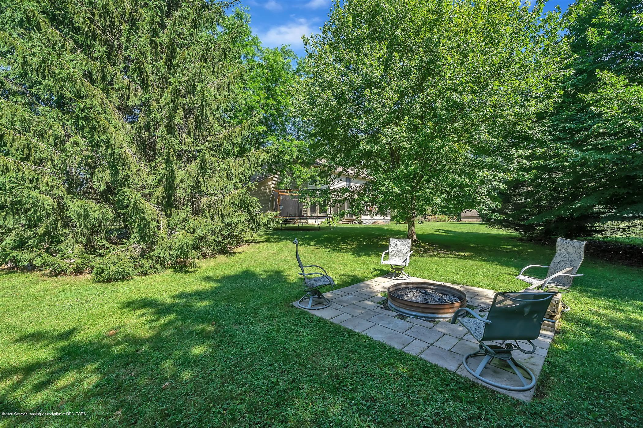 4242 Beeman Rd - PROPERTY VIEW Backyard - 32