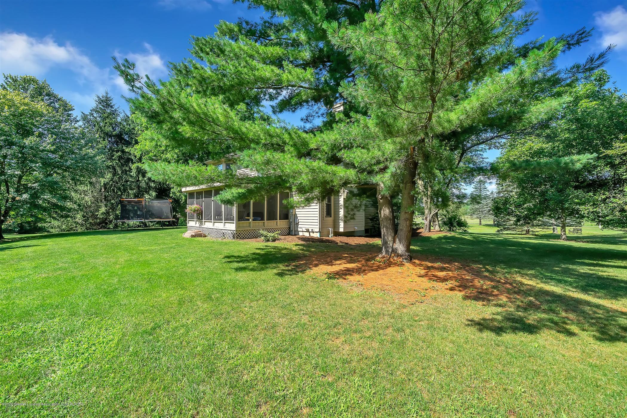 4242 Beeman Rd - PROPERTY VIEW Backyard - 34