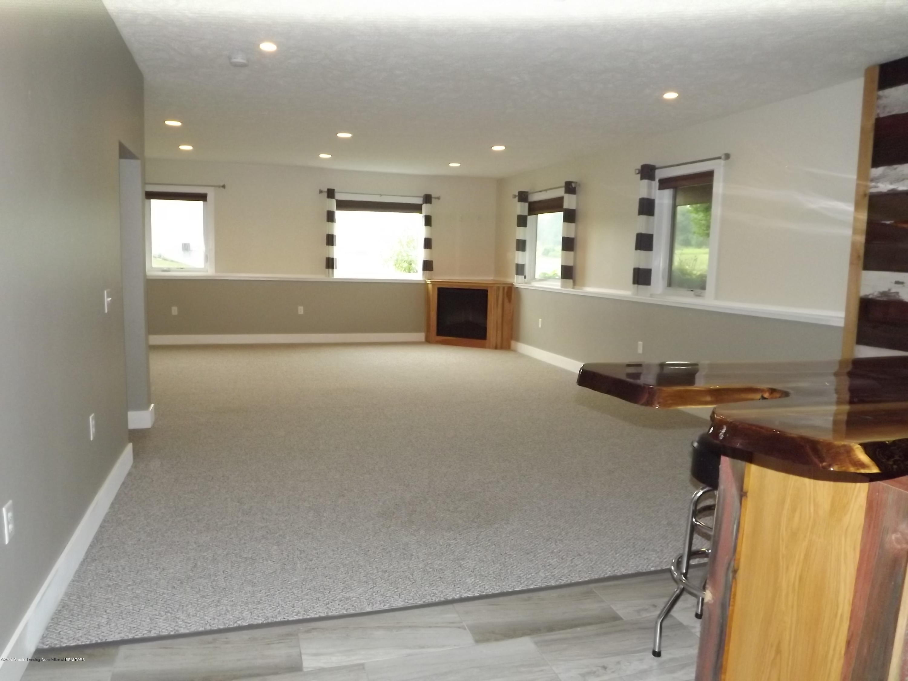 2126 Guernsey Dr - 24 LL Family Room - 25