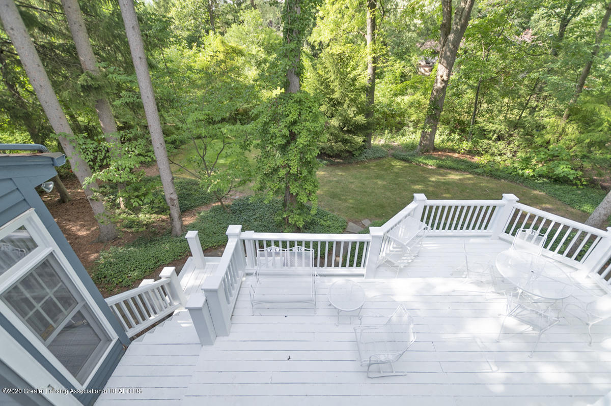 1090 Whitman Dr - View to Deck - 35